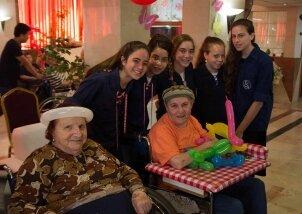 חגיגות יומולדת לילידי חודש יולי פעילות מתנדבות (2)