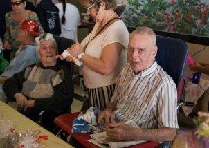 חגיגות יומולדת לילידי חודש יולי פעילות מתנדבות (20)