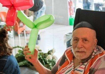 חגיגות יומולדת לילידי חודש יולי פעילות מתנדבות (6)