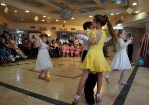 מופע ריקודים סלוניים בנאות השרון (13)