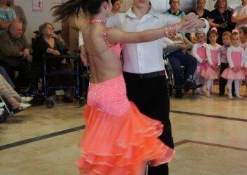 מופע ריקודים סלוניים בנאות השרון (2)