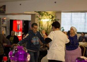מסיבת יומולדת לילידי נובמבר בנאות השרון (12)