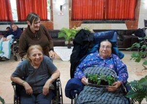 פעילות טו בשבט מיוחדת עם מתנדבים (12)