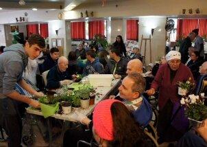 פעילות טו בשבט מיוחדת עם מתנדבים (5)